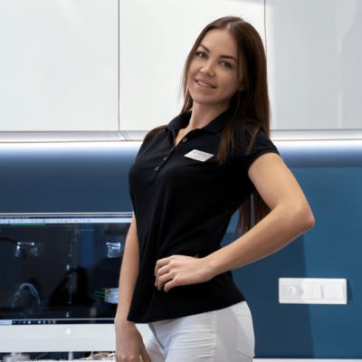 Лалетина Яна Сергеевна, стоматолог-терапевт, эндодонтист в Красноярске